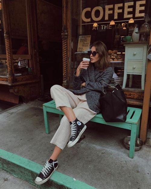 Oversized grey blazer #streetstyle #chic…